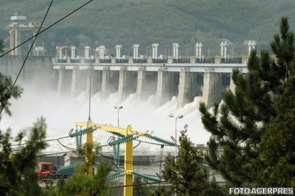 baietii-destepti-hidroelectrica
