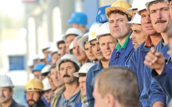 Muncitorii-romani-