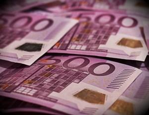 bani euro bancnote