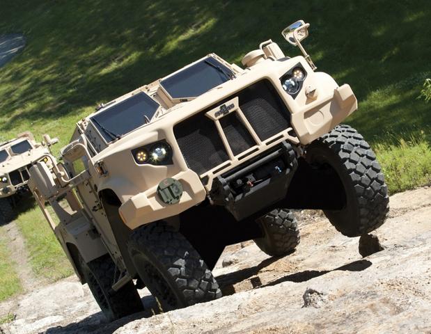Prototipil Oshkosh Joint Light Tactical Vehicle