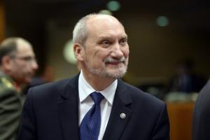 ministrul-polonez-al-apararii-antoni-macierewicz