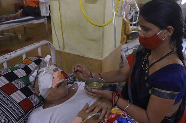 tratamentul vederii în India)