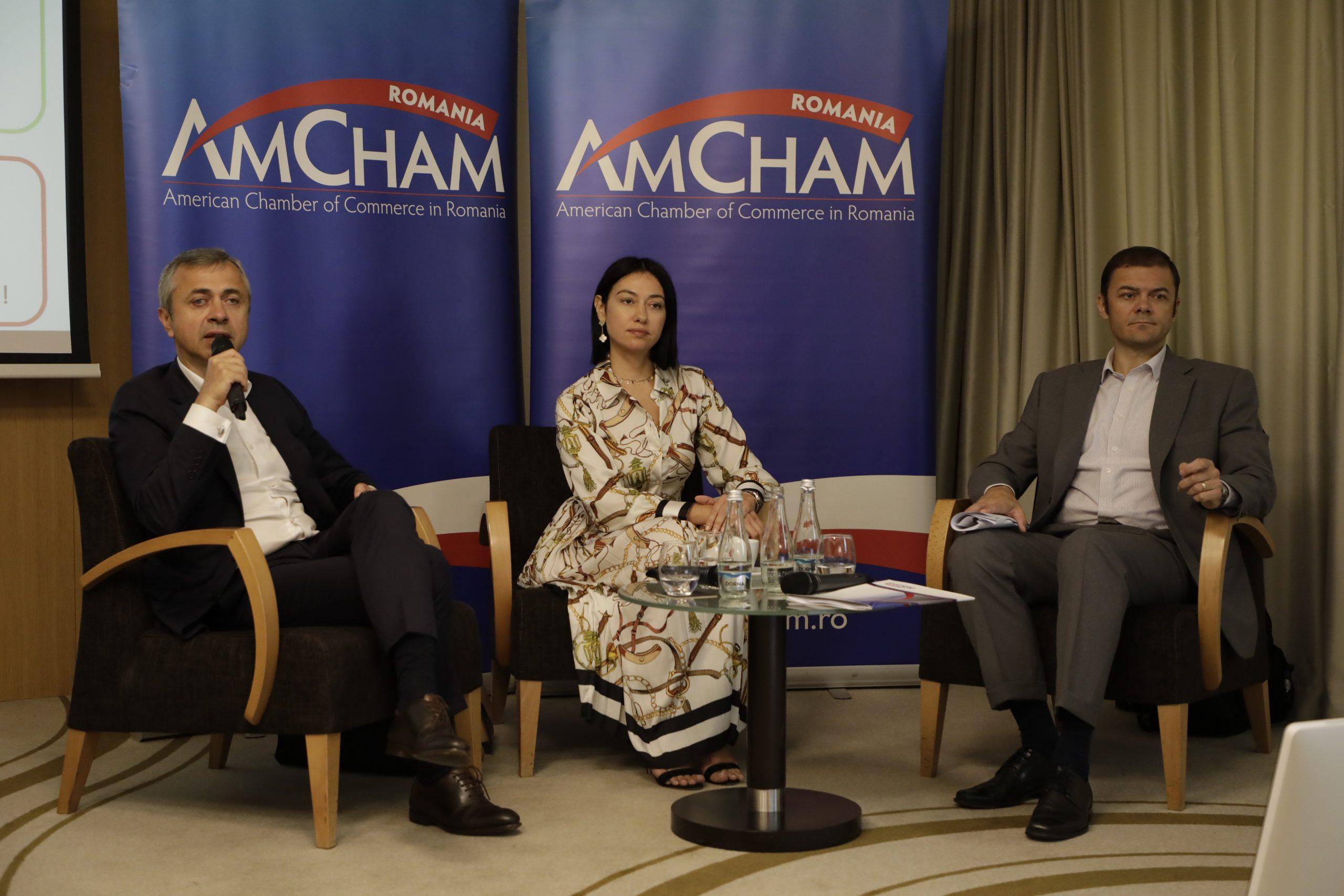 Ionuț Simion președinte AmCham România, Anca Damour și Alex Milcev, vicepreședinți